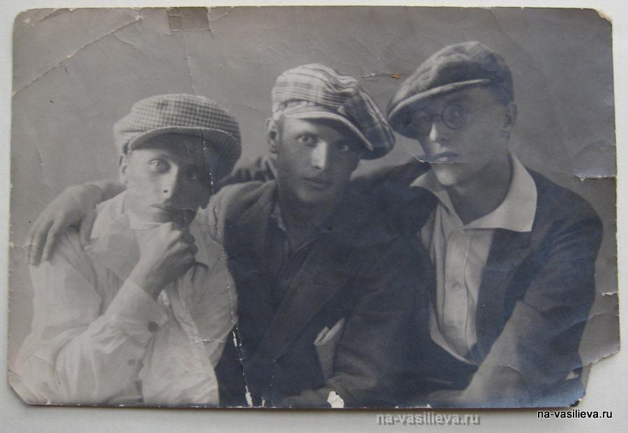 Алексей Васильев с коллегами