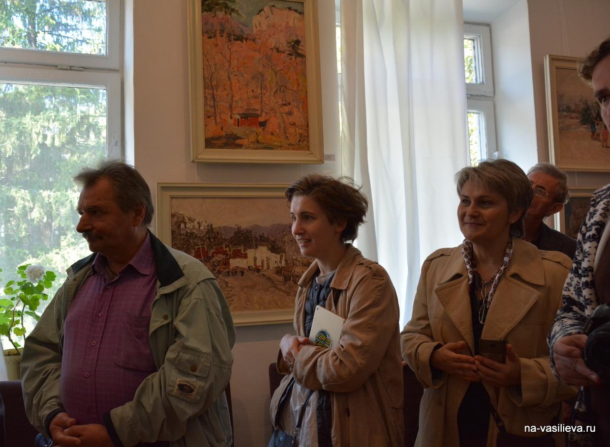 В. Бородаев на выставке А. Васильева 3